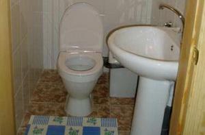 tualet-v-bane-a